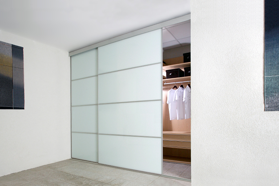 the best attitude c7a28 92124 Minimalist Sliding Wardrobe Doors. Beautiful Slim No Handle ...