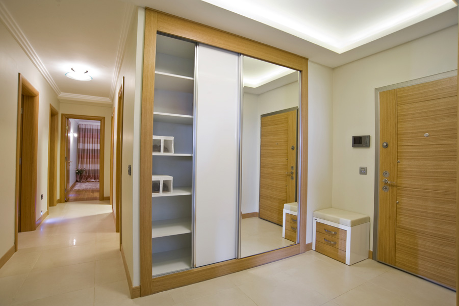 Beau Chunky Frame Border Around Your Sliding Wardrobe Doors