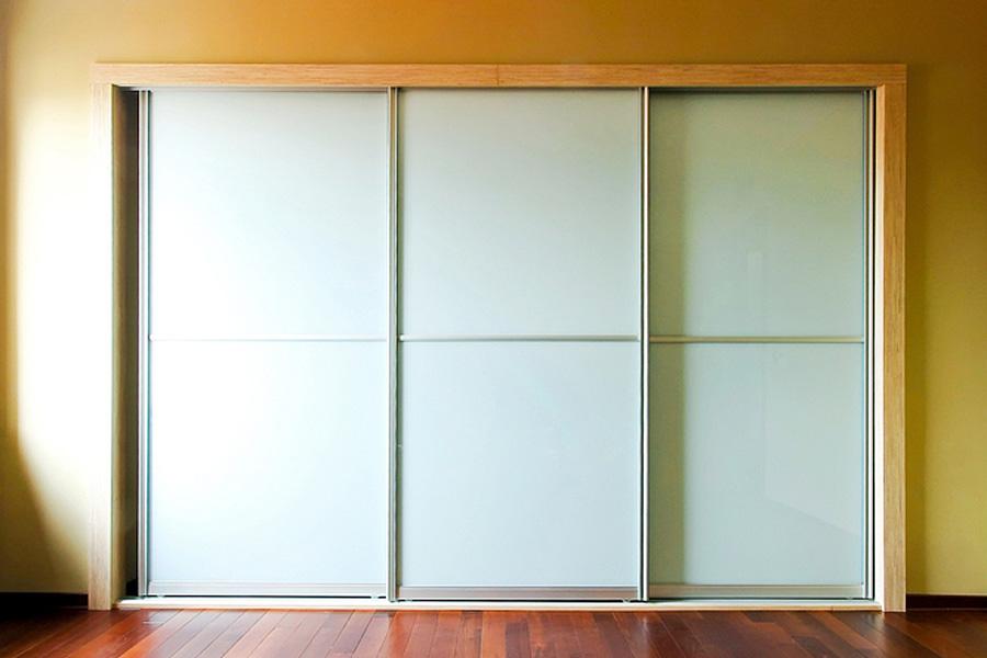 Sliding wardrobes doors designs for Sliding door design ideas