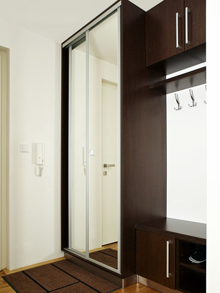 Narrow sliding wardrobe