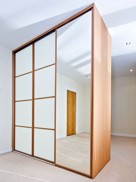 Sliding doors mirror